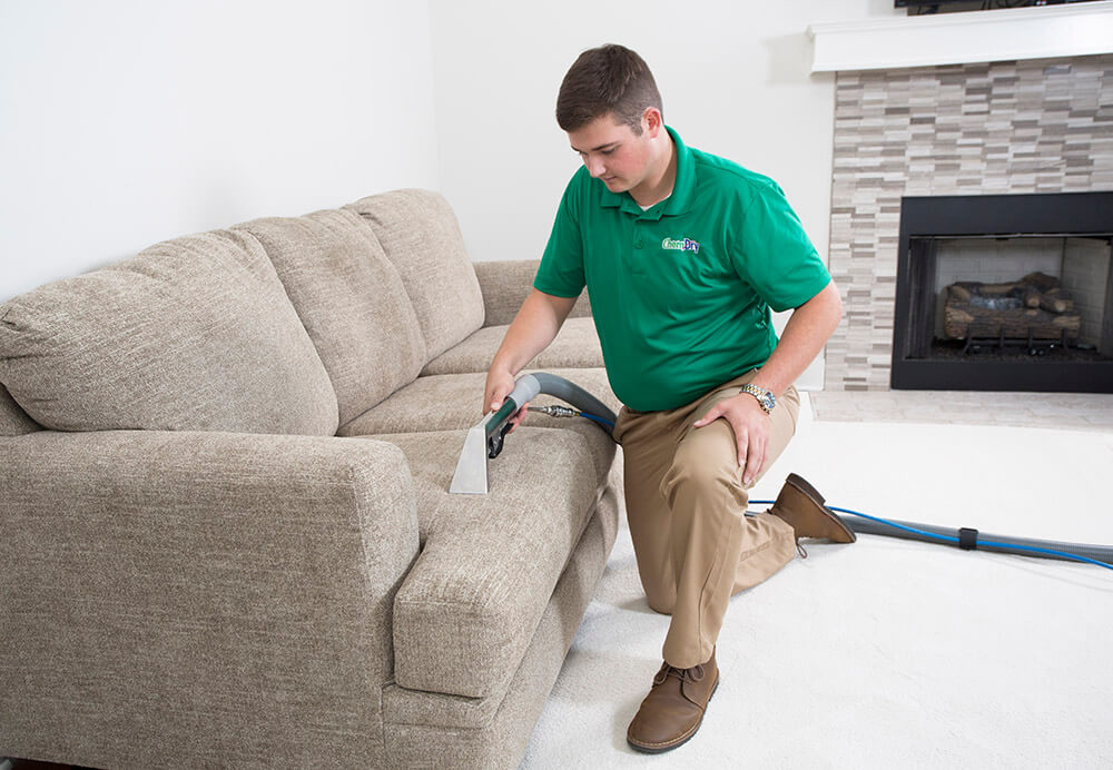 upholstery cleaner in macomb county